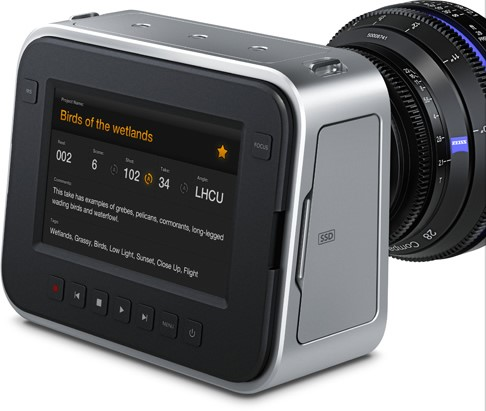 Blackmagic cinema camera EF 04